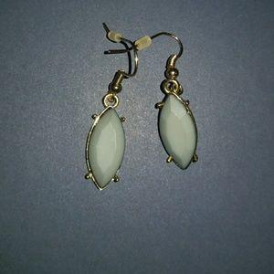 Jewelry - Gray Diamond Shaped Earrings